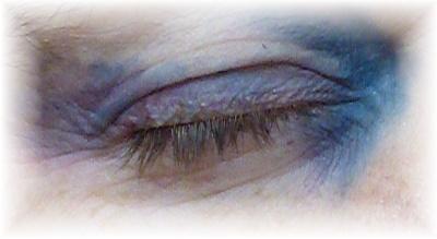 Schritt 2 Halloween  Blaues Auge